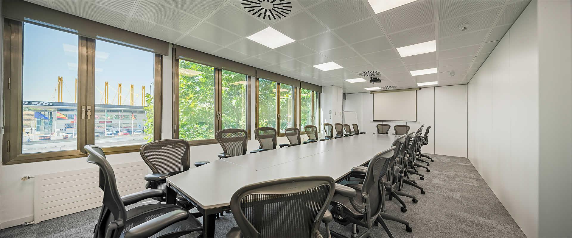 02-slide-oficinas-ideal